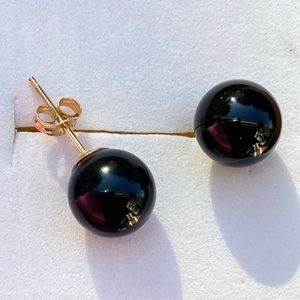 14K Gold Black Onyx Stud Earrings